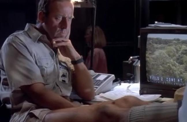 Also Bob Peck as Robert Muldoon. Never have I seen a man be so serious while looking so ridiculous. Just... his shorts, they deserve their own film.