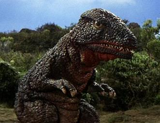 Gorosaurus is one large dinosaur-like creature that Kong could fight, having already done so in the Toho film, King Kong Escapes.